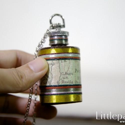 dynasty-map-necklaces-flask-1oz-v1-02