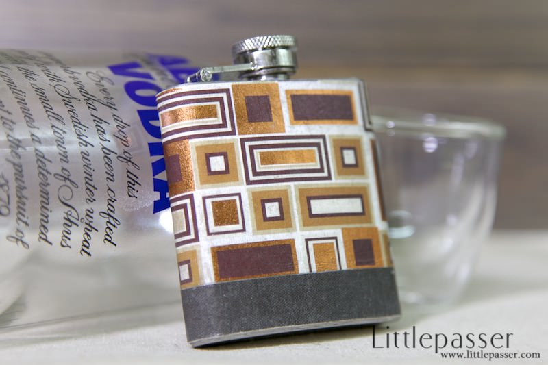 golden-cube-pocket-flask-3oz-v1-03