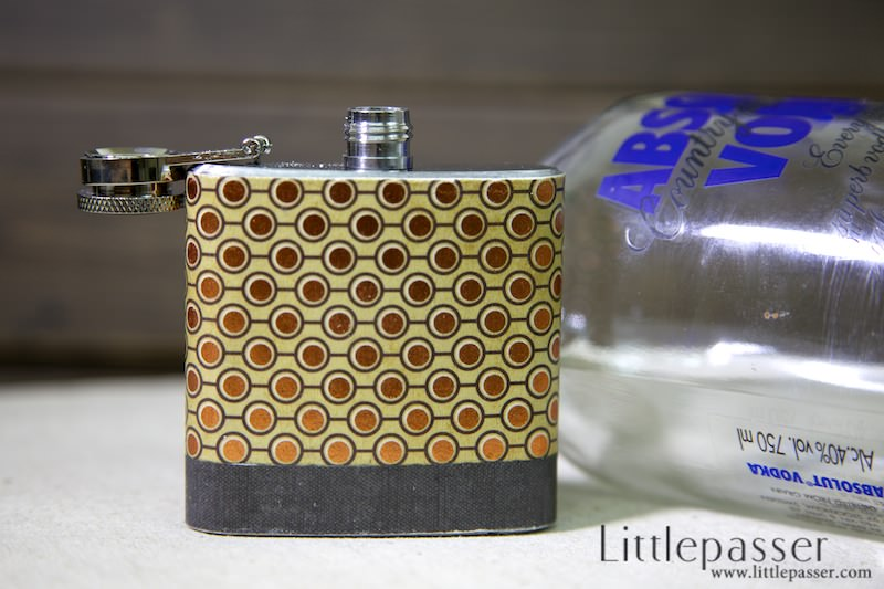 golden-dot-pocket-flask-3oz-v1-03