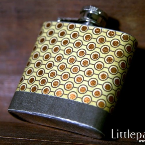 golden-dot-pocket-flask-3oz-v1-05
