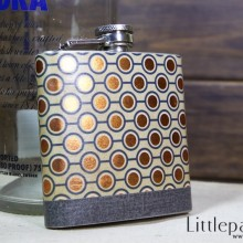 golden-dot-pocket-flask-6oz-01