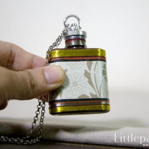 golden-dynasty-necklaces-flask-1oz-v1-02