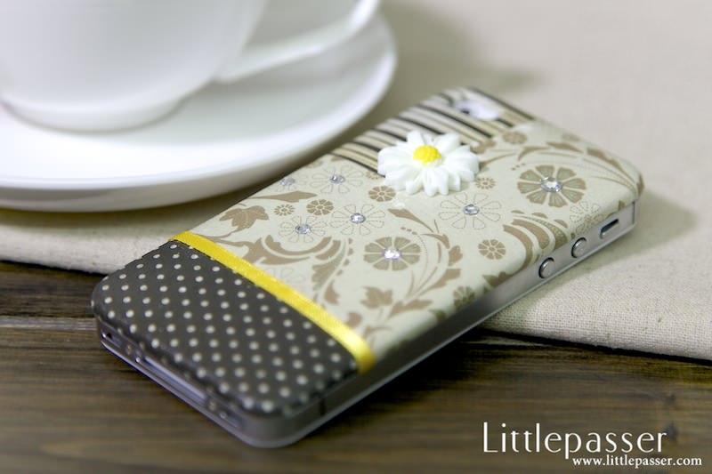 iphone-4s-backpack-vintage-floral-v1-03