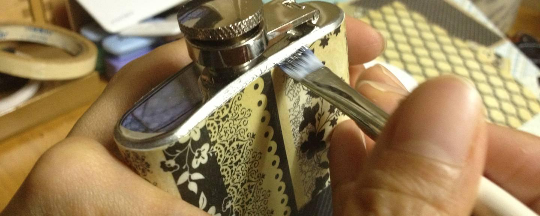 slide_makingof_flask_paisley_lacy
