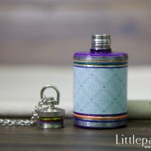 violet-dynasty-necklaces-flask-1oz-v1-01